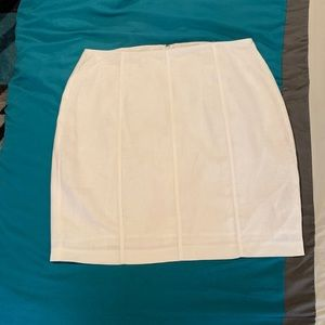 Guess Linen Skirt NWT (160)